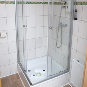 Boardinghouse ApartHomes Nürnberg, central located, WiFi, TV, Netflix, Kitchen Frau Scherer 90461 15927438595eef57b31bd25