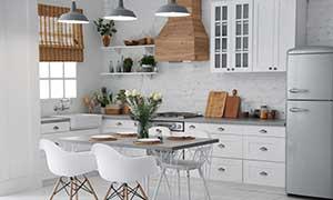 Monteurzimmer mit heller Küche